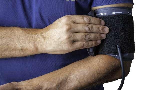 digital blood pressure monitor for upper arm